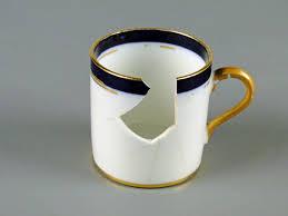TITANIC BROKEN CUP